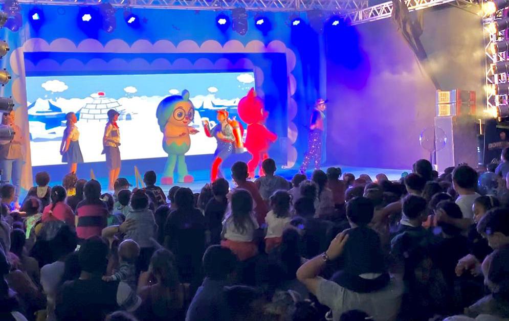 Mais de 20 mil pessoas assistiram ao show Baby Shark na Cidade do Natal