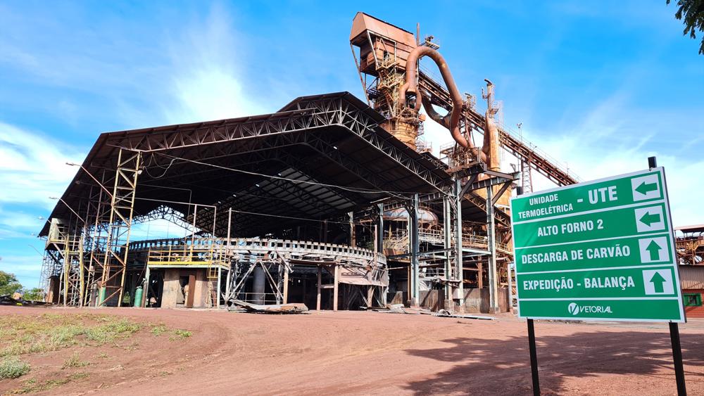 Reativação da Vetorial em Ribas vai impulsionar produção de carvão vegetal