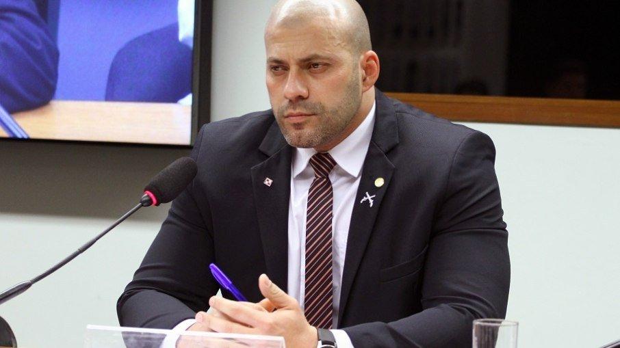 Daniel Silveira pode ter mandato suspenso por 4 meses como punição