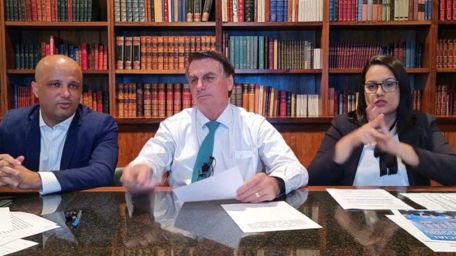 Para Bolsonaro, quem contraiu o vírus já está imunizado