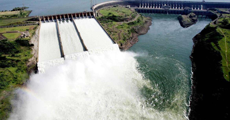 """Crise hídrica: ONS prevê cenário energético """"sensível"""" até novembro"""